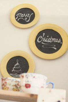 DIY Chalkboard Plates For Wall Decor-super cute in the kitchen or eating area