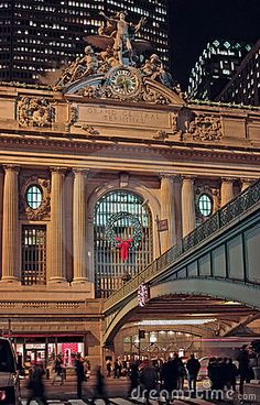 December evening at Grand Central Terminal, New York, East 42nd Street and Park Avenue.
