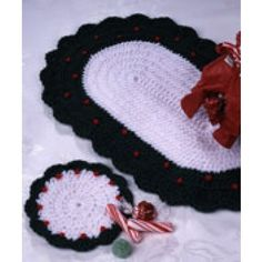 Free Country Christmas Placemat Crochet Pattern - Free Patterns - Books & Patterns