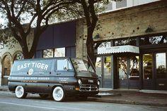 LOW-TECH DESIGN! Easy Tiger pub & bakery by Veronica Koltuniak, Austin – Texas » Retail Design Blog