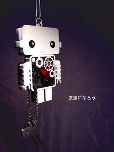 Small Kawaii Robot necklace