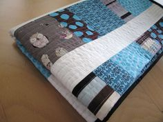 Quick modern baby quilt - can be boy colors or girl colors  Would be great for gifts and for my future grandchildren. Not sure that I would finish one for my own child idea, craft, charm squar, baby quilts, babi quilt, baby boy quilts, baby quilt patterns, baby boys, quilt tutorials