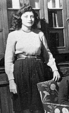 Barbara Walters, 1947