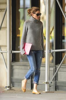 "Olivia Palermo ... yes, I am ""mature"", but will do this look with dark jean for a tourist sightseeing outfit ... I put very good, custom made inner soles in shoes and I can walk for miles .... REALLY ... jean, fashion, casual fall, outfit, olivia palmero, casual styles, comfy casual, olivia palermo, fall styles"