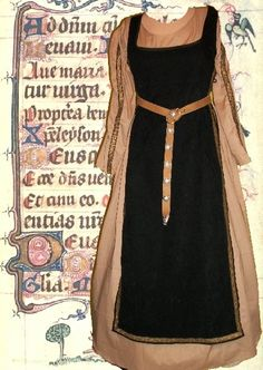 SCA Garb Medieval Renaissance Costume Midnight Black over Tan 2 Piece Ensemble