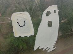 Halloween Kids Craft: Ghost Window Clings