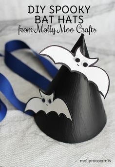 DIY Spooky Bat Hats for #Halloween!  #kidscraft #preschool #kindergarten