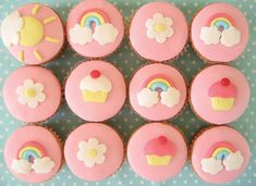 Sweet cupcakes with simple decorations, perfect for a little girl or a baby shower