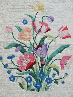 Gorgeous Applique Cottage Tulip Vintage Quilt ~ Gift Quality from vintageblessings on Ruby Lane