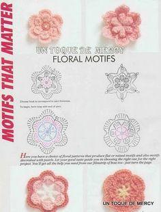 http://margaritapaz42.blogspot.com.ar/2011/11/flores-de-crochet-con-graficos-tomado.html