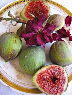 Figs are my favorite :)