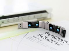 U Transfer USB Stick - transfer files without a computer