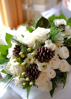 #Winter Wedding Bouquet... Wedding ideas for brides, grooms, parents & planners ... https://itunes.apple.com/us/app/the-gold-wedding-planner/id498112599?ls=1=8 … plus how to organise an entire wedding ♥ The Gold Wedding Planner iPhone App ♥