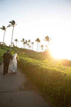 Photography: Joanna Tano - joannatano.com Floral Design: Country Bouquets - countrybouquetsmaui.com/ @Mandy Dewey Seasons Resort Maui  Read More: http://stylemepretty.com///