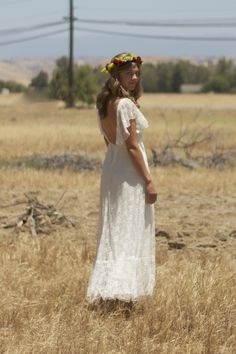 Lace vintage wedding dress with low back.. casual