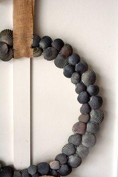 DIY Idea - beautiful black shells