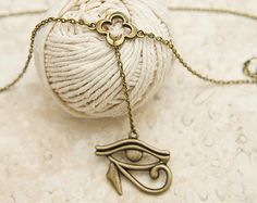 Eye of Horus Dangle Belly chain, with flower charm, any size same price.  Belly dance, Festival body jewellery. All seeing eye. Third eye