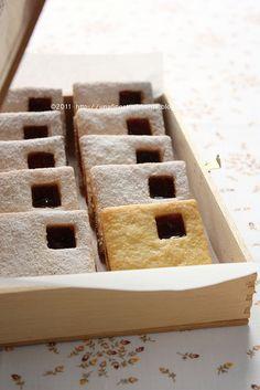 biscotti con marmellata con pasta frolla speciale