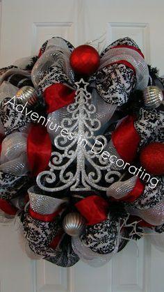 Adventures in Decorating: mesh wreaths