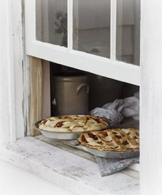 Pies cooling on the windowsill