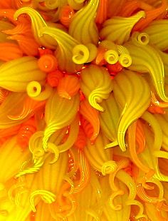Chihuly Glass. Love the shapes and the texture. Reminds me of something that should be in Wonderland...and edible!