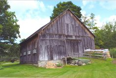 Old Barn located on Rogers Hill Road in Bradford, Vermont.