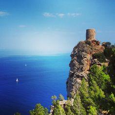 Watchtower in Mallorca #Spain. Photo courtesy of whereissanne on Instagram.