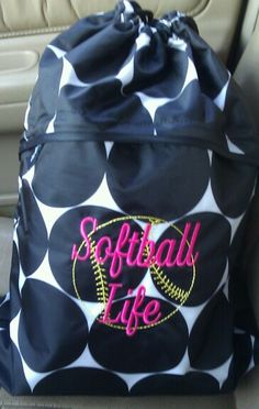 Fave thirty-one softball cinch sac! #ThirtyOne #ThirtyOneGifts #Monogram #Embroider #Personalize #Travel #Organize #Thermal #Tote #Bag #softball