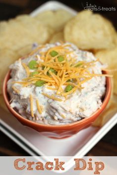 Crack Dip ~ Super Simple Chip Dip Loaded with Cheese, Bacon, Ranch and Sour Cream! #tailgating #recipe