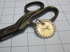 Bottle Cap Scissor Charm - Stampin' Connection