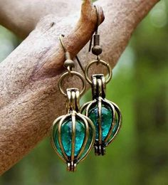 For meeeeeee :) jewelry made from recycled broken glass and reclaimed wood . Amazing pieces @bottledupdesignsjewelry.com