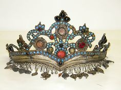 1800s Antique Native American Indian CROWN & JEWELRY Former Museum owned item