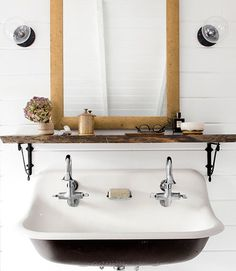 reclaimed wood + cottage white bathroom vanity