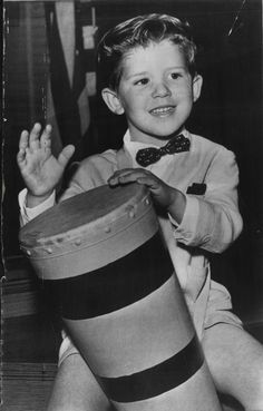 I love lucy on pinterest 203 pins for Who played little ricky in i love lucy