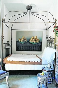 love love love this bed. love it.