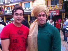 First look: Salman Khan dons the pagdi as Prince Vijay in Prem Ratan Dhan Payo! #SalmanKhan