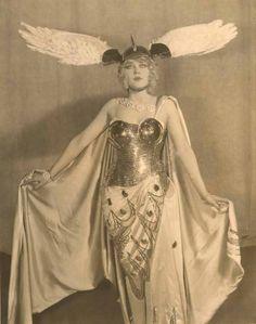 Marion Martin, 1928, costume by Erte