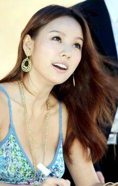 Lee Hyori.