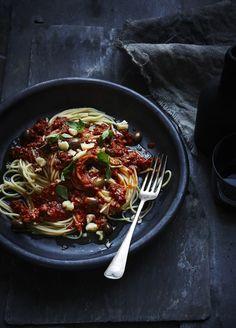 Spaghetti with Italian pork sausage