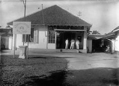 dutch indies police station in jember, 1912