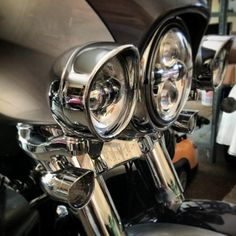 French style light ring bling to the 2014 Harley Dabidson FLHTK - Ultra Limited
