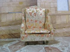 PETITE PRINCESS FANTASY FURNITURE SALON WING CHAIR GOLD by IDEAL TOY 1964