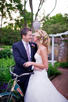 Love the groom's suit and tie.