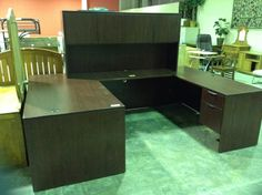 5pc fice Reception Desk with Hutch $400 Consignment