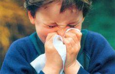 """Te-ai saturat sa il vezi pe cel mic mereu mucios? - http://www.outlet-copii.com/outlet-copii/ghid-de-sanatate-pentru-copii/te-ai-saturat-sa-il-vezi-pe-cel-mic-mereu-mucios/ - Noi am gasit solutia: cel mai bun inamic al nasului """"mucios"""" este Forever Garlic-Thyme (usturoi cu cimbrisor)!    Este un antioxidant puternic Este sub forma de capsule gelatinoase inodore pentru cei mici pretentiosi la mirosuri """"necunoscute"""" Apără organismul împotriva radica"""