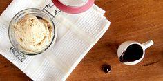 Sorvete de manteiga de amendoim - indescritível de tão bom | DigaMaria