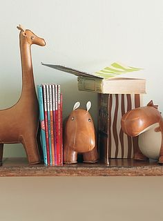 playful bookends for a kids room  http://rstyle.me/n/jv45hpdpe