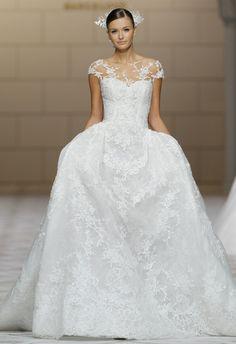Pronovias Spring 2015 Wedding Dress | blog.theknot.com