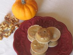 "Skinny Pumpkin Spiced ""White Chocolate"" with Walnuts (S)"