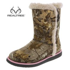 Stay warm and on-trend with this #NEW cozy Airwalk Realtree Xtra Camo boot featuring a rich upper with raw seams and a toggle closure for easy on/off, a roomy round toe, cushiony faux fur lining and a lightweight outsole. Manmade materials. #Realtreecamo #camoshoes